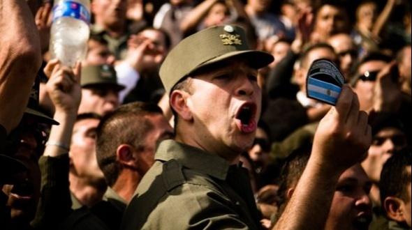 Vuelven a convocar a protestas en Gendarmería y Prefectura por salarios