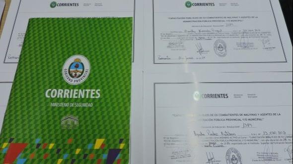 Citan a asistentes de capacitación a retirar sus certificados