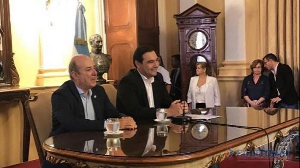 Juran y asumen el nuevo gobernador y el vicegobernador de Corrientes
