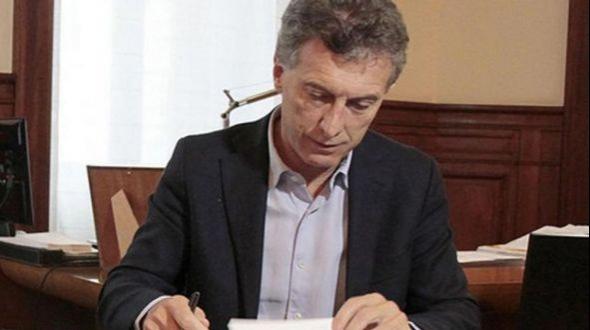 Bono de $5000: Macri firma el decreto y flexibiliza las condiciones