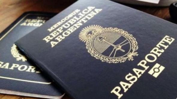 Pedirán certificado de vacunas para renovar DNI, pasaporte y registro