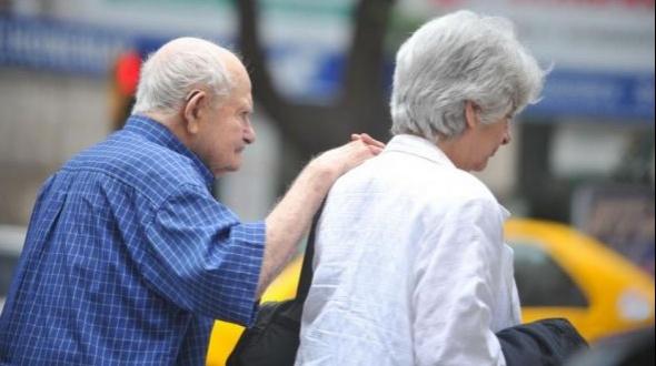 El sector más golpeado por la crisis: Los jubilados perdieron 20% ante la inflación