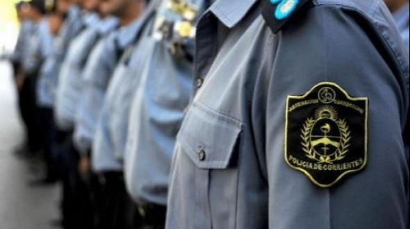 Policías removidos: por dormir en su guardia y pedir helado