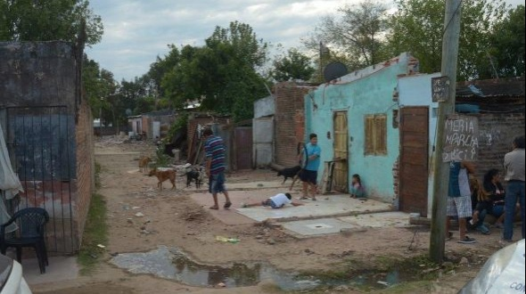 La ciudad de Corrientes registró un 49,3% de pobreza y en sólo un semestre se incrementó 12 puntos