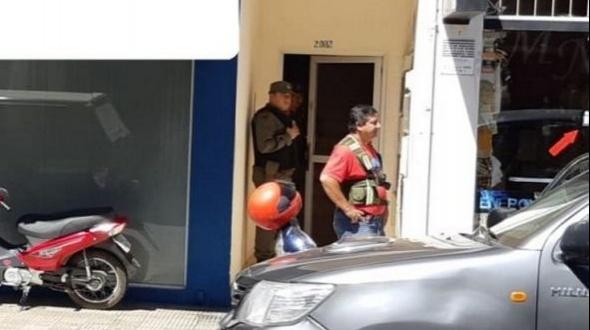 Supuesta estafa al Banco Galicia: Entre los detenidos están empleados de la entidad