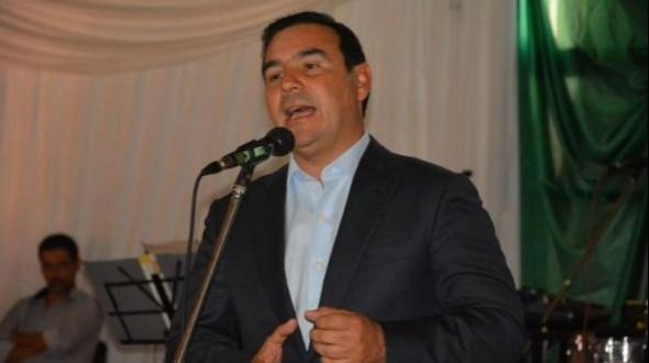 Valdés confirmó que mañana habrá anuncios salariales para estatales provinciales