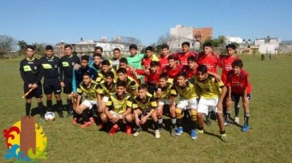 La selección sub 14 de Monte Caseros ganó el campeonato correntino
