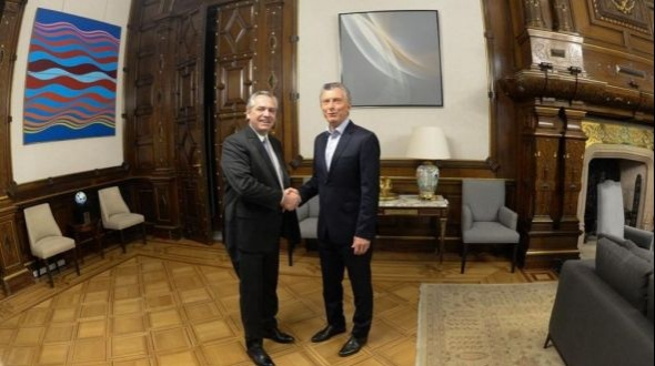 Macri se reunió con Alberto Fernández en la Casa Rosada para encarar la transición