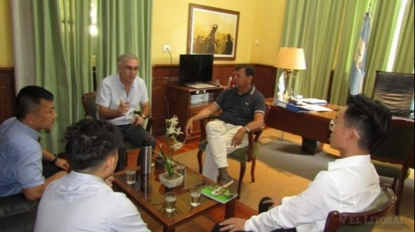 Producción: el ministro recibió a un grupo de empresarios chinos interesados en invertir