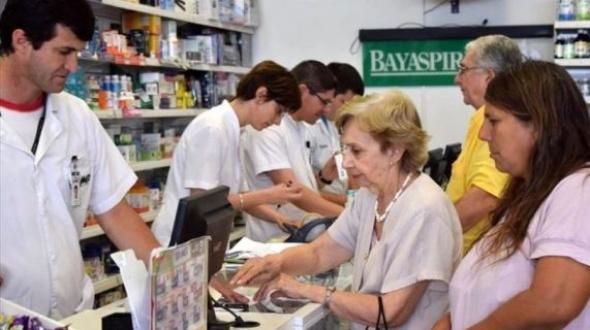 Farmacéuticos podrían dejar de atender a jubilados