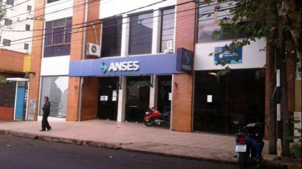 """Gerente de Anses afirmó que """"todos pueden inscribirse"""" para cobrar el bono de $10.000"""