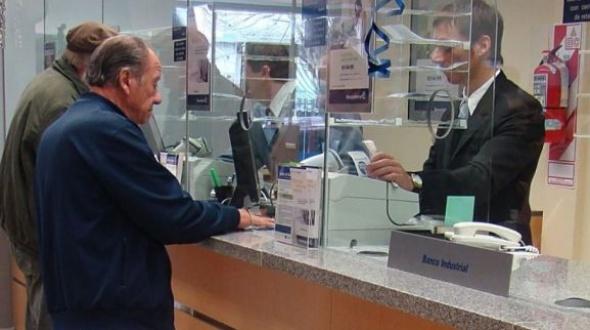 """El Gobierno define un plan de """"aislamiento selectivo"""" para salir de la cuarentena obligatoria por el coronavirus"""