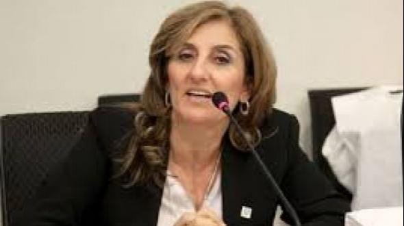 Delfina Veiravé ratificó la continuidad de clases en la modalidad virtual en la UNNE