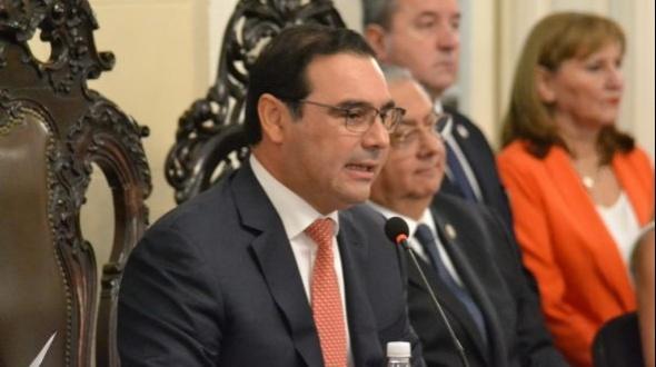 Valdés volvió a enviar proyectos de paridad y voto joven a la Legislatura