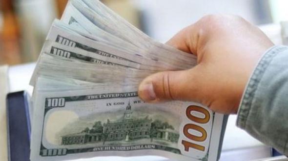 El gobierno profundizó el cepo para la compra de dólares