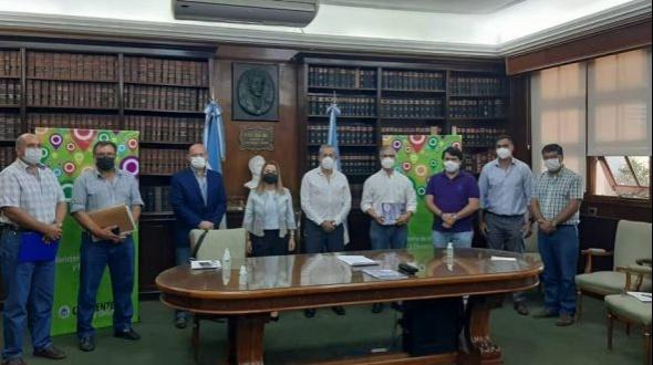 Hubo acuerdo en las paritarias docentes en Corrientes y está garantizado el inicio del ciclo lectivo 2021