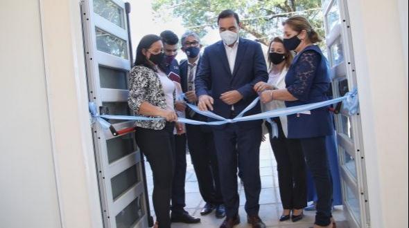 Valdés inauguró escuelas en Yapeyú y Santo Tomé