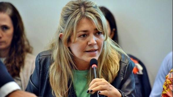 Ante denuncia pública, la diputada nacional Estela Regidor pidió licencia