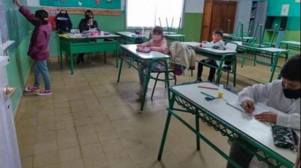 Entre Ríos: vuelven las clases presenciales y en Paraná habilitan los clubes