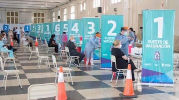 Argentina alcanzó la inmunización de más del 55% de la población