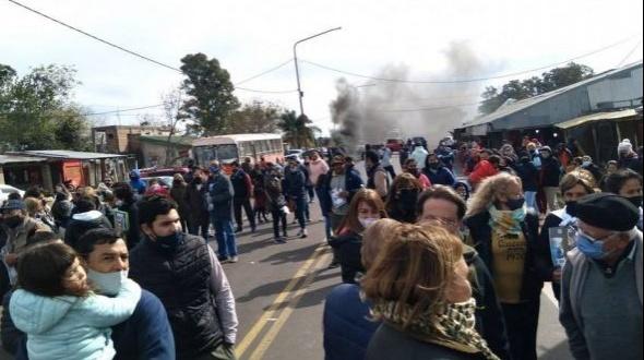Doble crimen en Mercedes: volvieron a cortar la ruta 123 frente al predio del Gauchito Gil